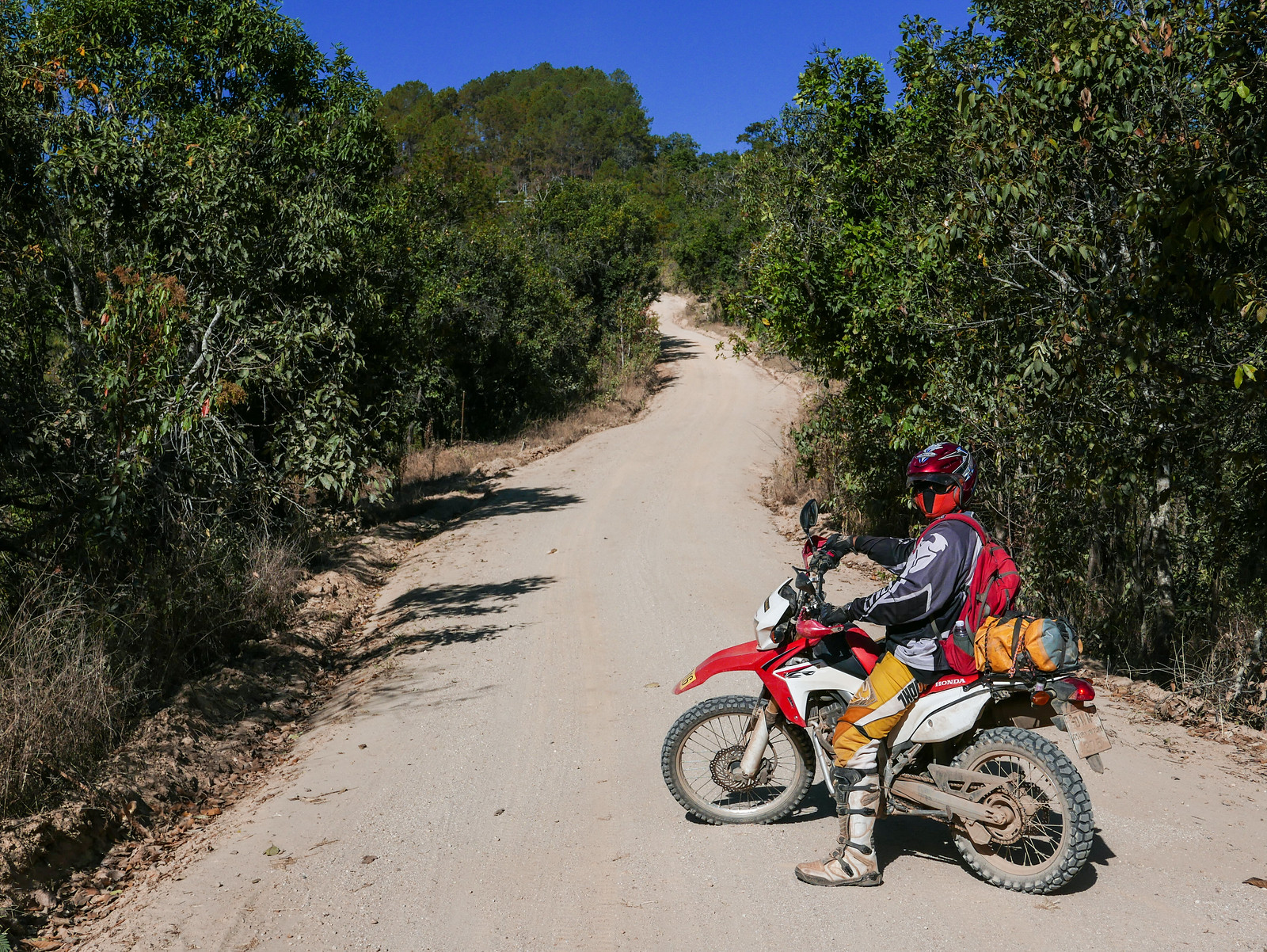 how to change motorcycle trail