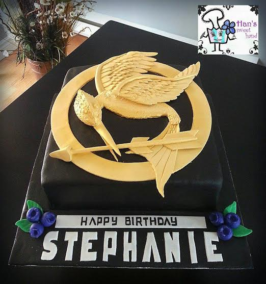 Hunger Games Mockingjay Cake by Arman Benito of Cakes & Cupcakes by Han's Sweet Hand