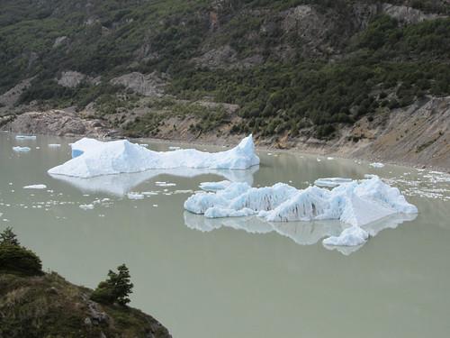 Torres del Paine: trek du W. Jour 4: le glacier Grey et ses icebergs.