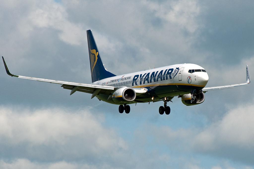 EI-DLV - B738 - Ryanair