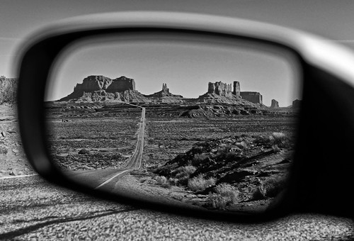 road travel vacation holiday mirror view rearviewmirror vista monumentvalley