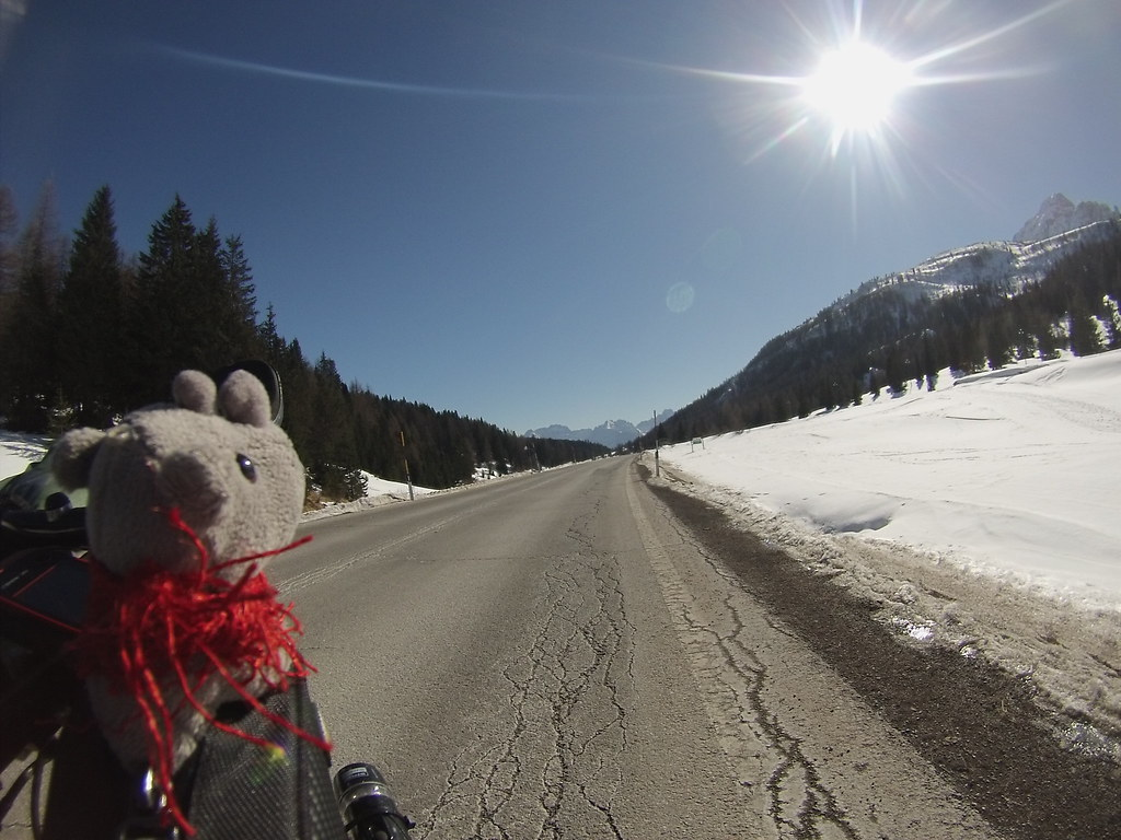 Italy cycling in winter #r2s #cycling #adventure #cycletouring #italy #winter #mountains