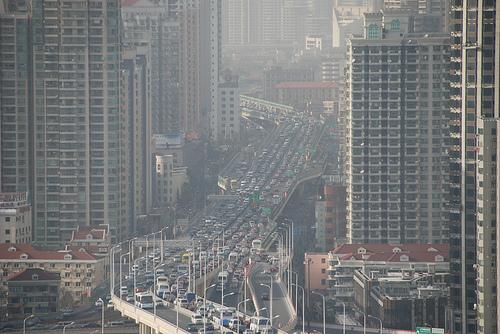上海市的空氣汙染。(來源:Bert van Dijk)