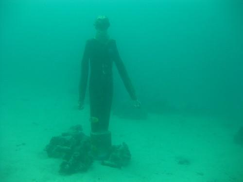 Diver Statue, Sabang Wrecks, Puerto Galera