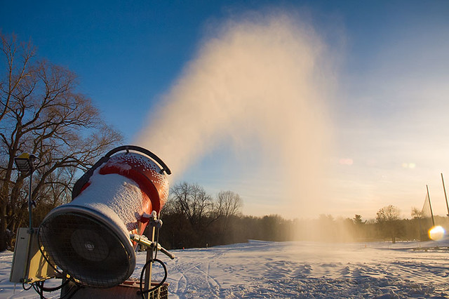Snowmaking at weston Ski Track