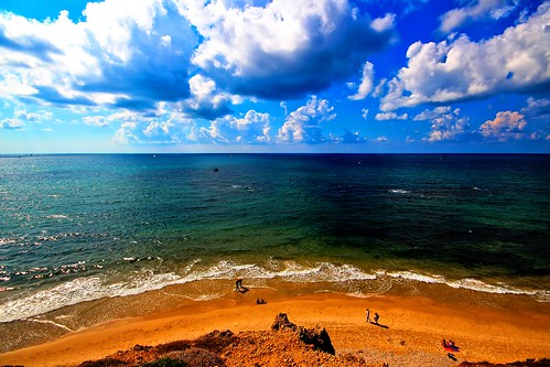 sea sky beach clouds canon israel seascapes view sigma wideangle beaches ultrawideangle hertzelia sigma1020 sidnaali hertzeliabeach canon600d canont3i sidnaalibeachhertzelia