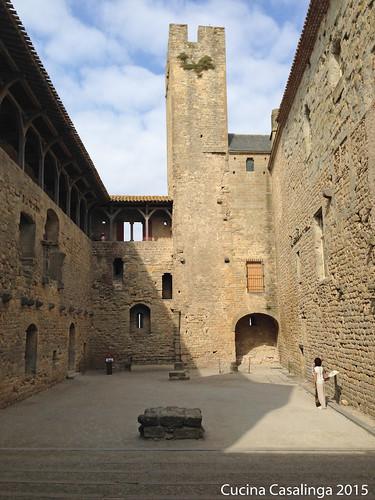 Carcassonne Burg Innenhof 2