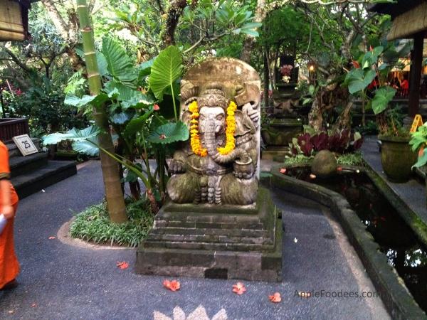 bebek-bengil-bali-restaurant-ubud-scenes