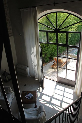 magalilancelier posted a photo:	vue de la mezzanine