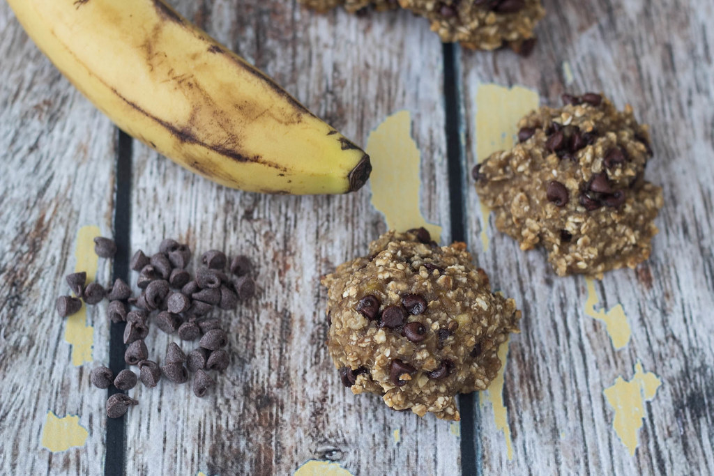Healthy Banana, Oatmeal and Chocolate-Cookie
