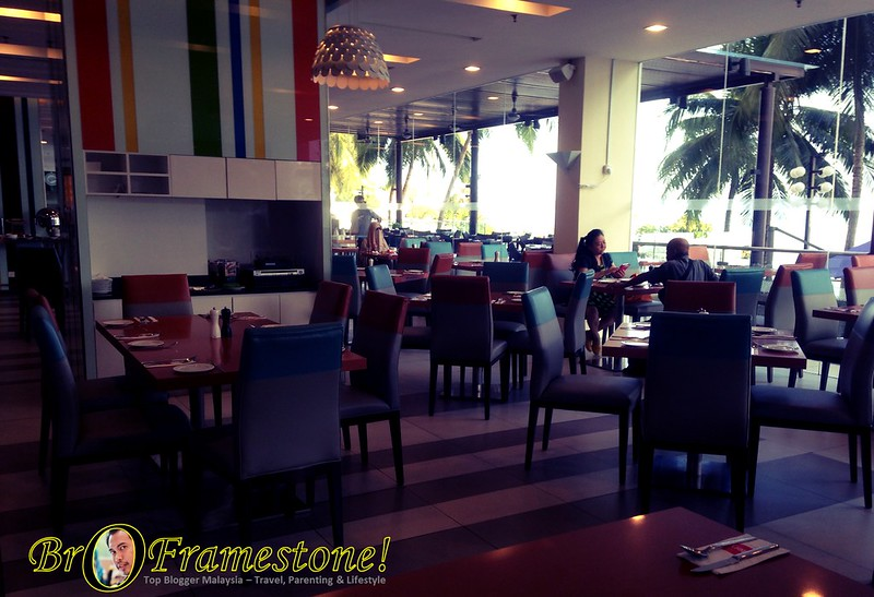 Ruang Dalam The Eatery, Four Point by Sheraton, Penang