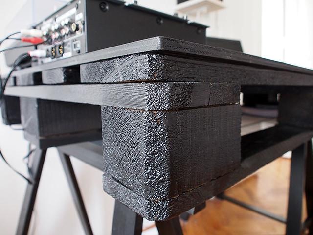 Schreibtisch-aus-Paletten