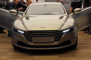 Aston-Martin-2015-Lagonda-concept-010