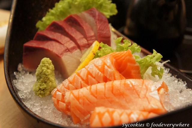 7.senjyu-Hamachi Sashimi RM 28 and Salmon Belly Sashimi RM 22