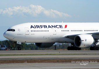 Air France B777-200ER new colors front (RD)