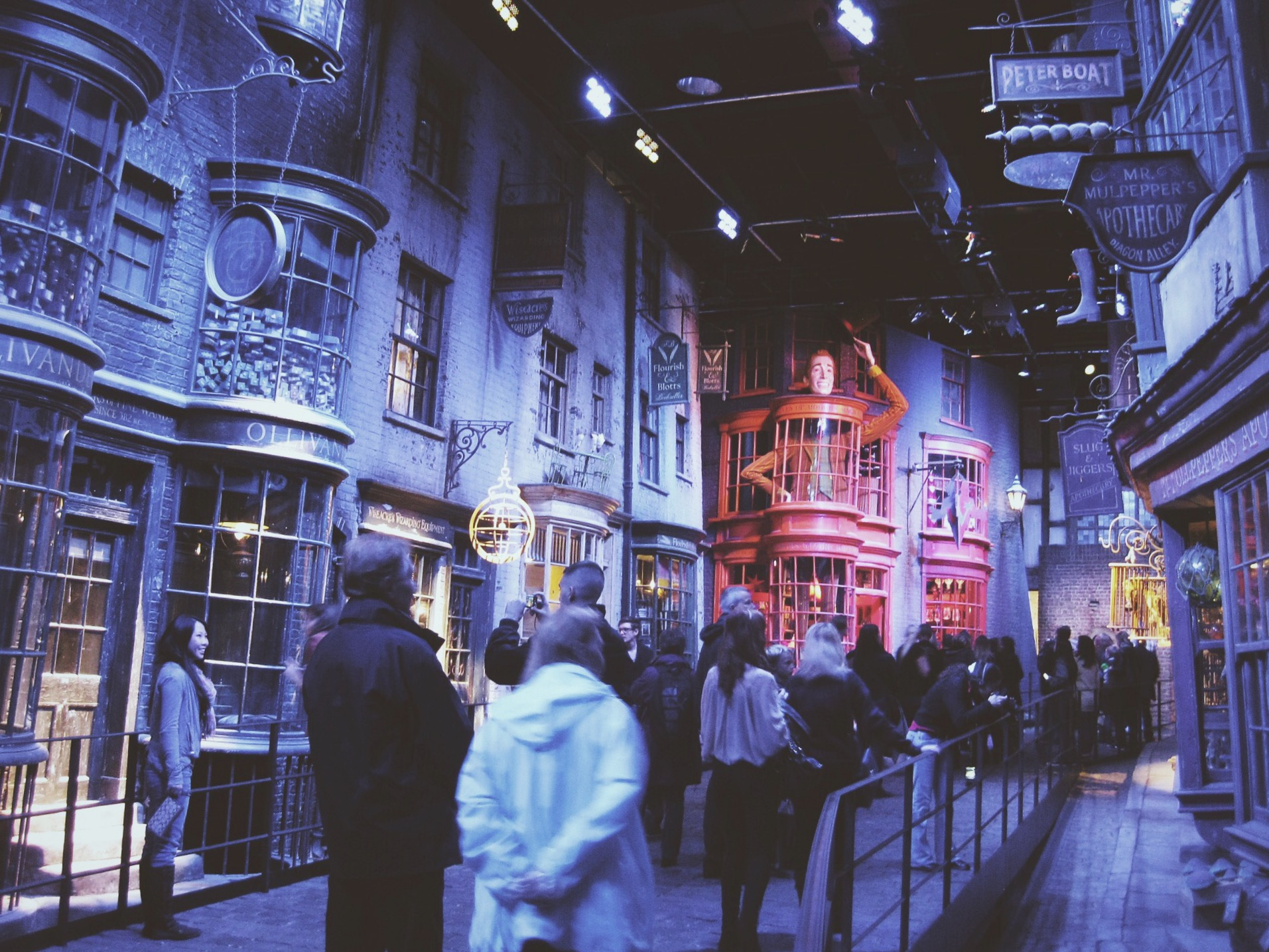 Warner Bros. Studio Tour London - The Making of Harry Potter, London, Travel, Film, Books