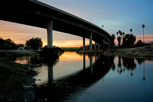 california sunset arizona coloradoriver yuma route8 gatewaypark yumacrossing yumaeastwetlands route8bridge desertweirdness