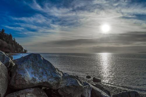 ocean sun canada britishcolumbia surrey boulders crescentbeach martinsmith southsurrey nikond7000 ©martinsmith nikkor1855mmf3556gvrii