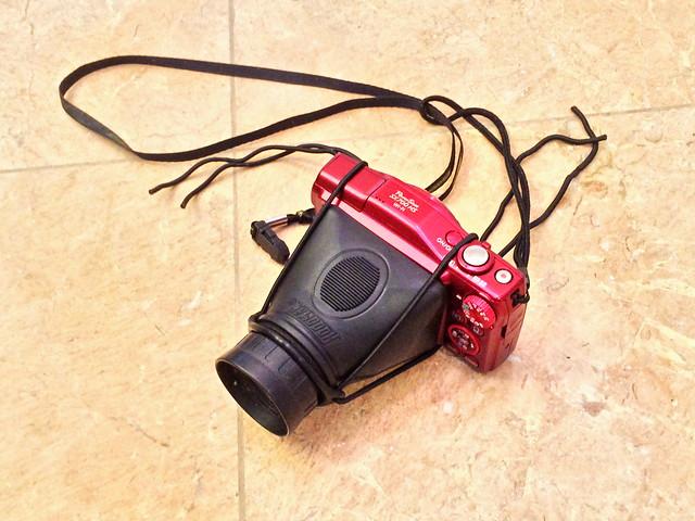 Hoodman Loupe on Canon SX700HS 20150303