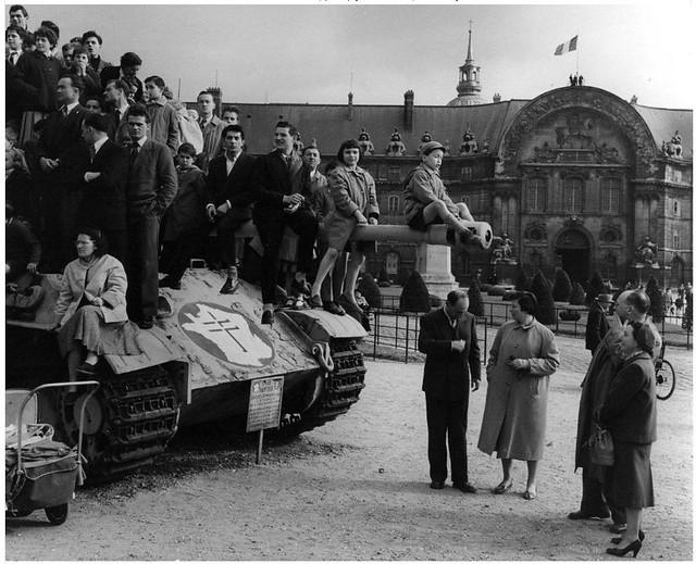 la cour des Invalides en 1955