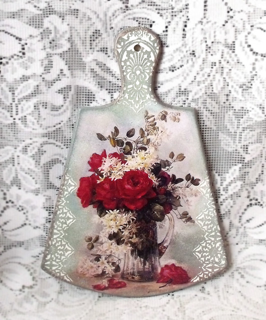 "Cutting board with decoupage ""Roses """
