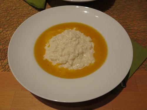 Milchreis mit Aprikosensoße