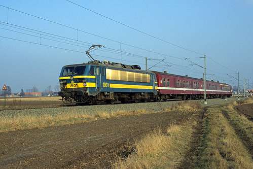 HLE 1901 + L 5732 at Blandain on 31 January 1997
