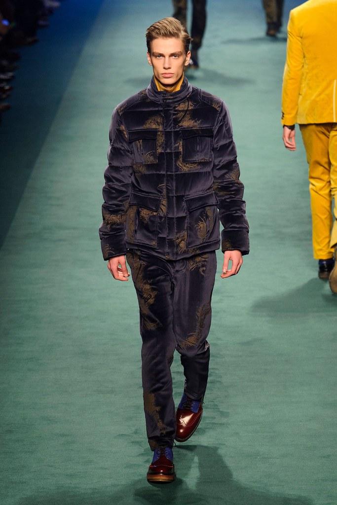 Marc Schulze3083_4_FW15 Milan Etro(fashionising.com)