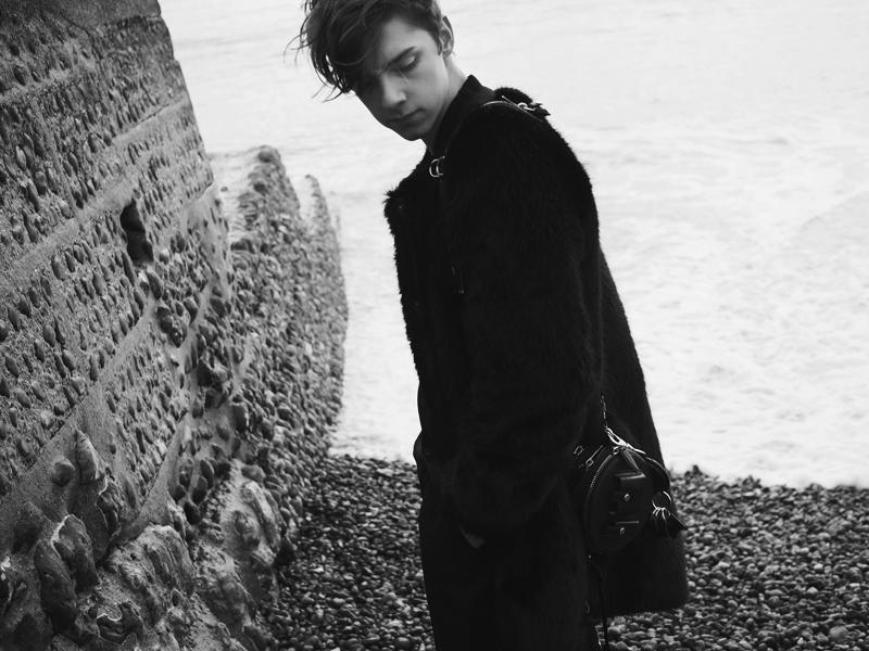 mikkoputtonen_fashionblogger_london_brighton_katriN_weekday_alexanderwang2_BW_WEB