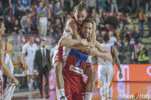 Consultinvest Pesaro, Peter Lorant e Tommaso Raspino festeggiano la vittoria