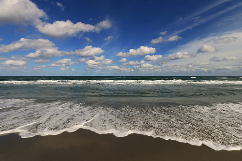 ocean sky beach florida wideangle shore 1022mm riptide seafoam delraybeach fairweather atlanticdunespark canoneos70d