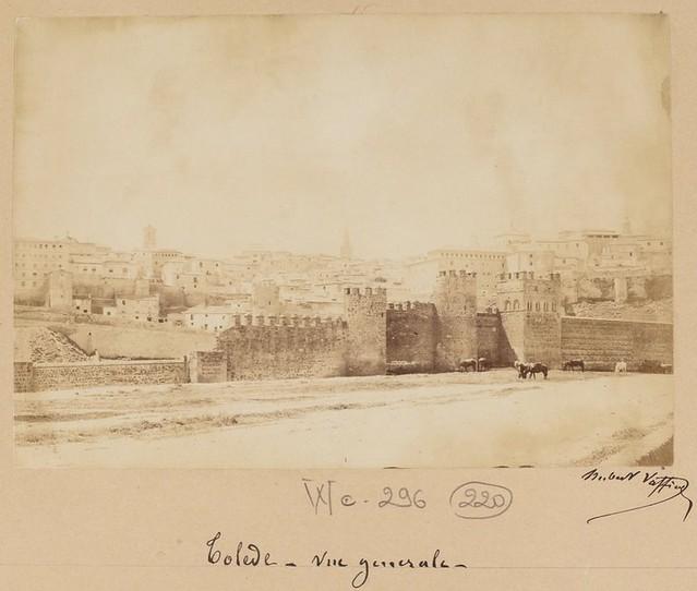 Murallas y Torres de la Reina en 1889. Fotografía de Marie Hubert Vaffier © Bibliothèque Nationale de France
