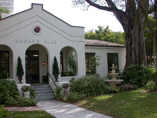 Woman's Club building
