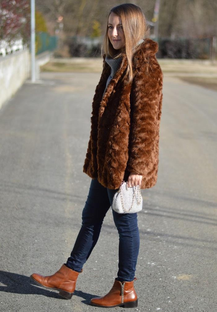pellicciotto Zara, borsa handmade, saldi, benetton, fashion blog,  (12)