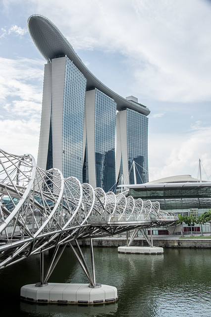 Helix Bridge & Marina Bay Sands