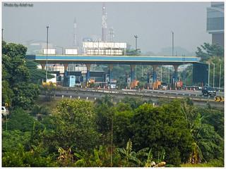 Toll Gate, exit from Jakarta, Bekasi Barat