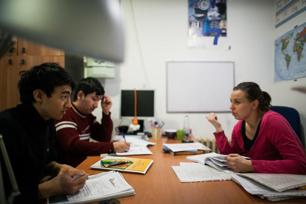 Migráns tanoda és integriációs program