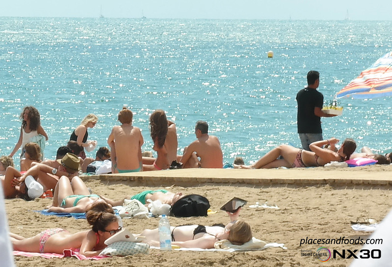 barcelona Playa de Sant Sebastià Beach pretty girls sunbathing 2