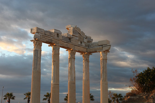 20131018_8408-Side-temple-of-Apollo_resize