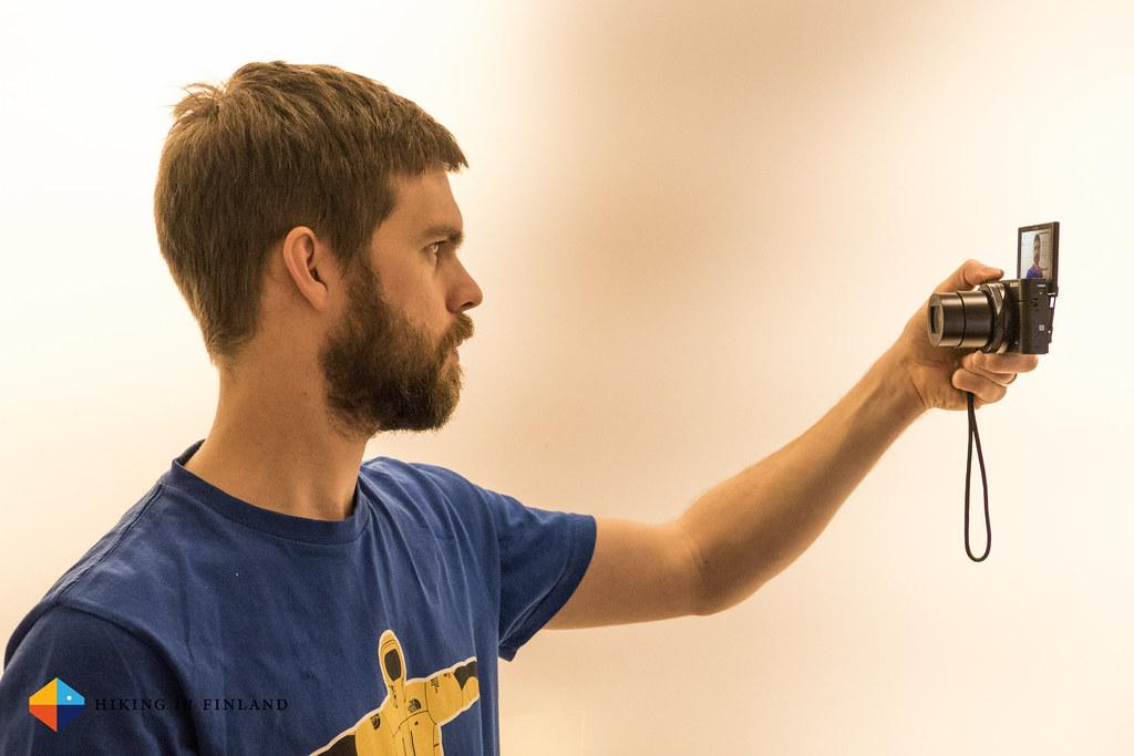 Sony RX100III in Selfie Mode