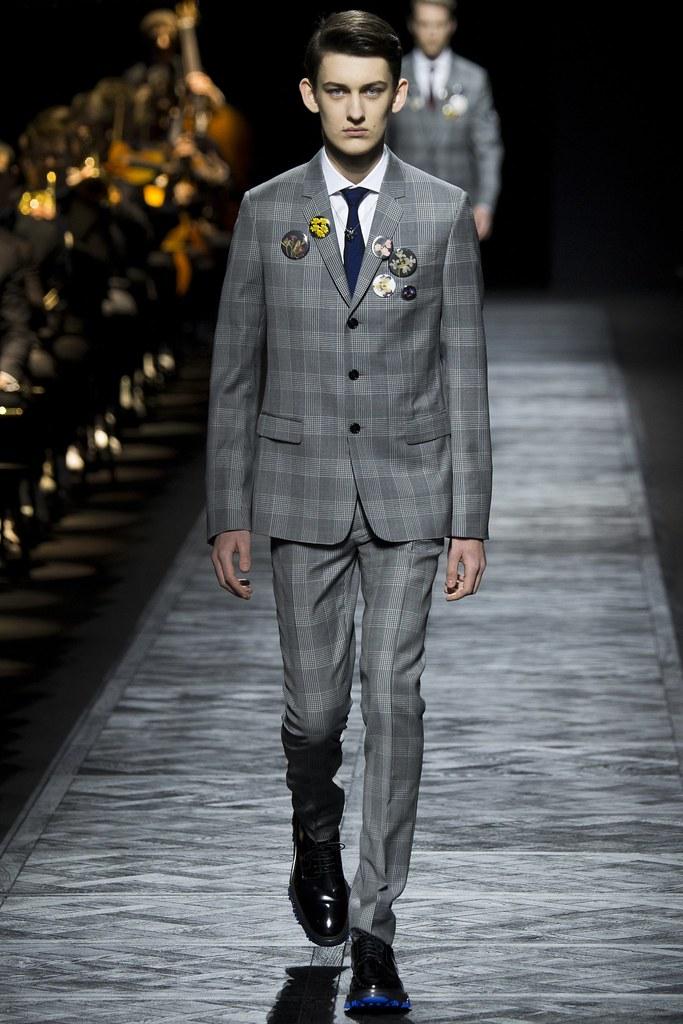 FW15 Paris Dior Homme046_Bartek Sokowiec(VOGUE)