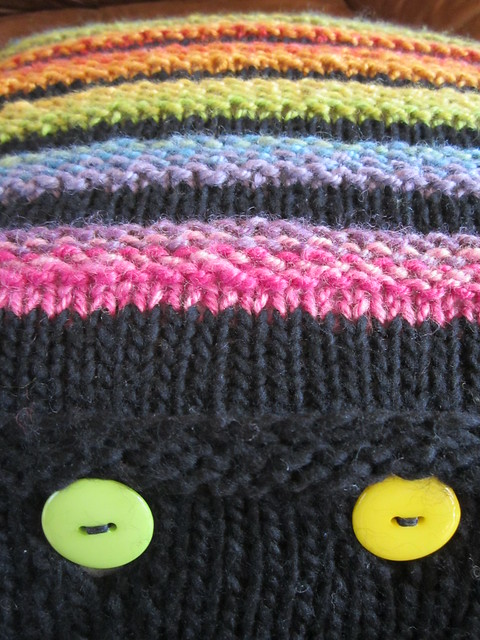 Wurmy rainbow cushion (5)