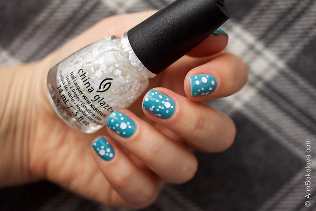 05 OPI   Can't Find My Czechbook + China Glaze   Chillin' With My Snow Mies