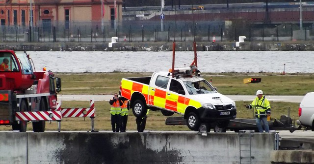 LCY Ops vehicle recovery (7) @ KGV 21-02-15