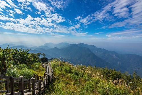 canon landscape star taiwan resort tokina 台灣 cpl 嘉義 藍天 atone 1116 600d 藍天白雲 隙頂 二延平步道