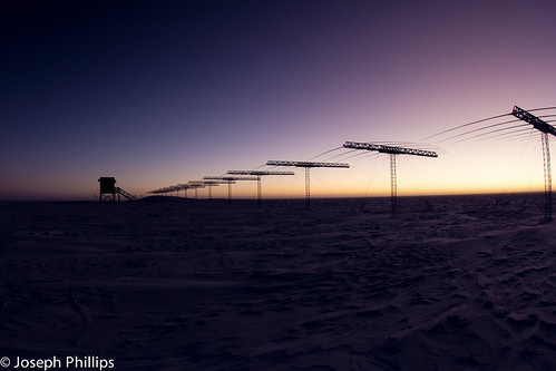 sun snow station sunrise canon scott south antarctica super science network dual rise radar darn southpole amundsenscottsouthpolestation amundsen auroral superdarn southpolestation canonphotography canon60d amundsenscott ionoshpere dualauroralradarnetwork