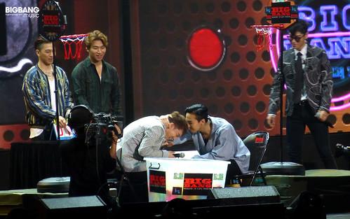 BBMusic-BIGBANG_FM_Beijing_Day3_2016-07-17_09