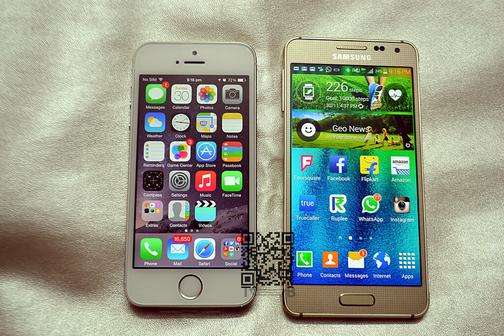 Samsung Galaxy Alpha vs Apple iPhone 5s  9d3f1e4a53e
