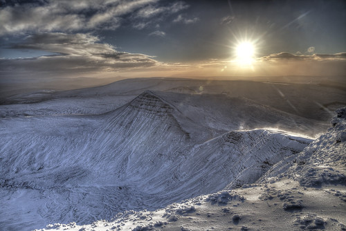 sun mountain snow wales clouds breconbeacons summit penyfan valeboy cliverees