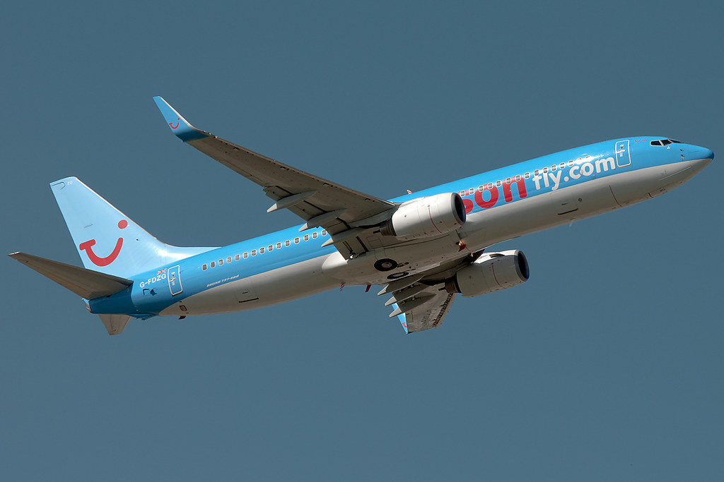 G-FDZG - B738 - TUI Airways